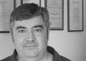 LUÍS GIL - on cork