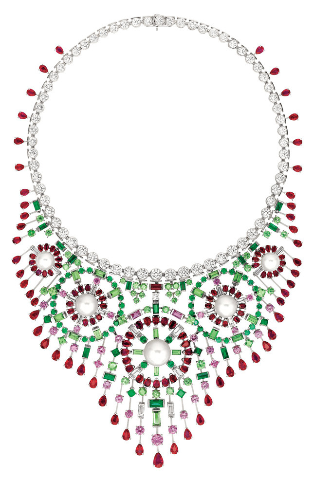 «Mosaïque» necklace, white gold, diamonds, rubies, emeralds, tsavorite, sapphires, pearls