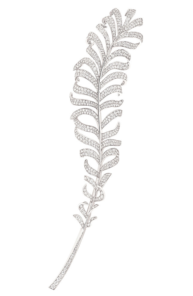 Plume brooch, white gold and diamonds