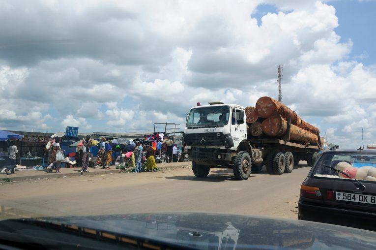 Logs arriving Pointe Noire