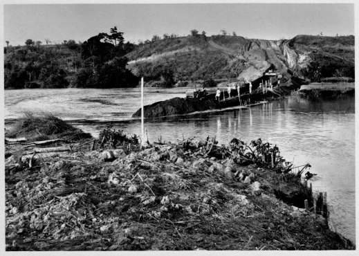 DIAMANG 1960 - Luembe river diversion works