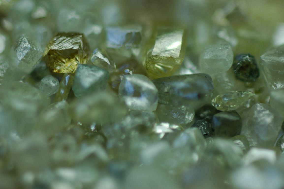 gold, gold, gold, crypto coins, blockchain anddiamonds