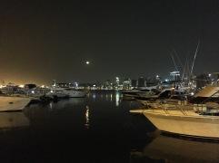 Luanda à noite, vista do Clube Náutico